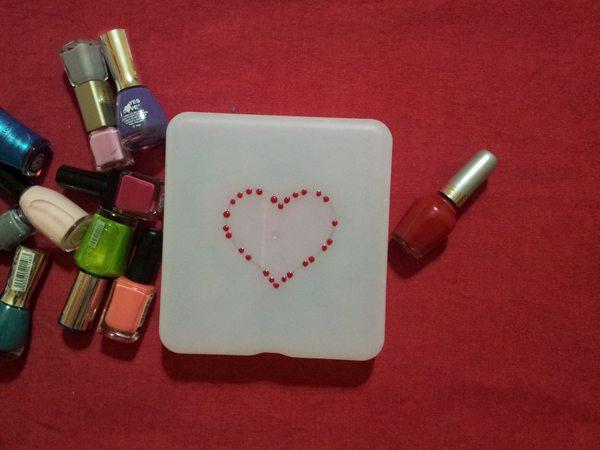 diy-decorar-caja-con-pintauñas-3