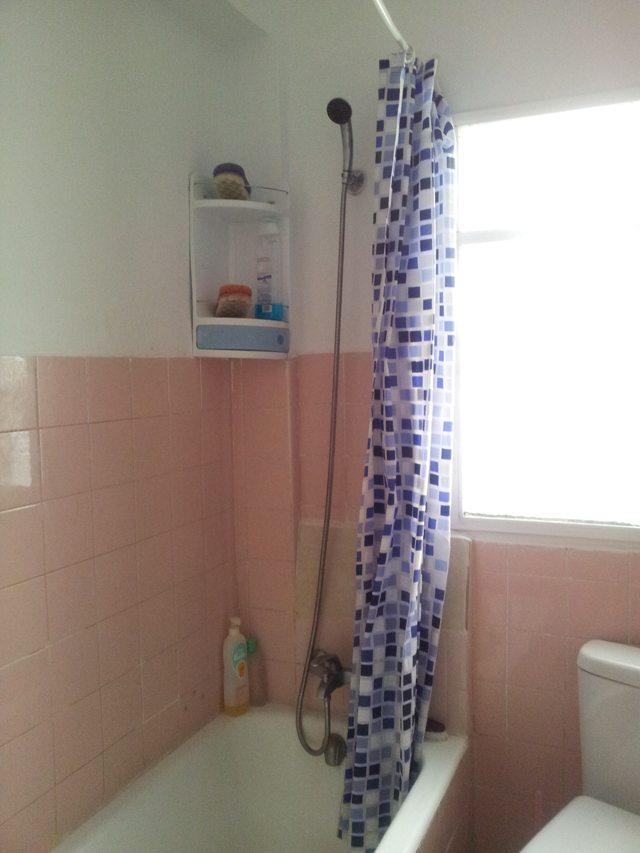 Baños Con Azulejos Hasta La Mitad: la cocina, con azulejo biselado ...