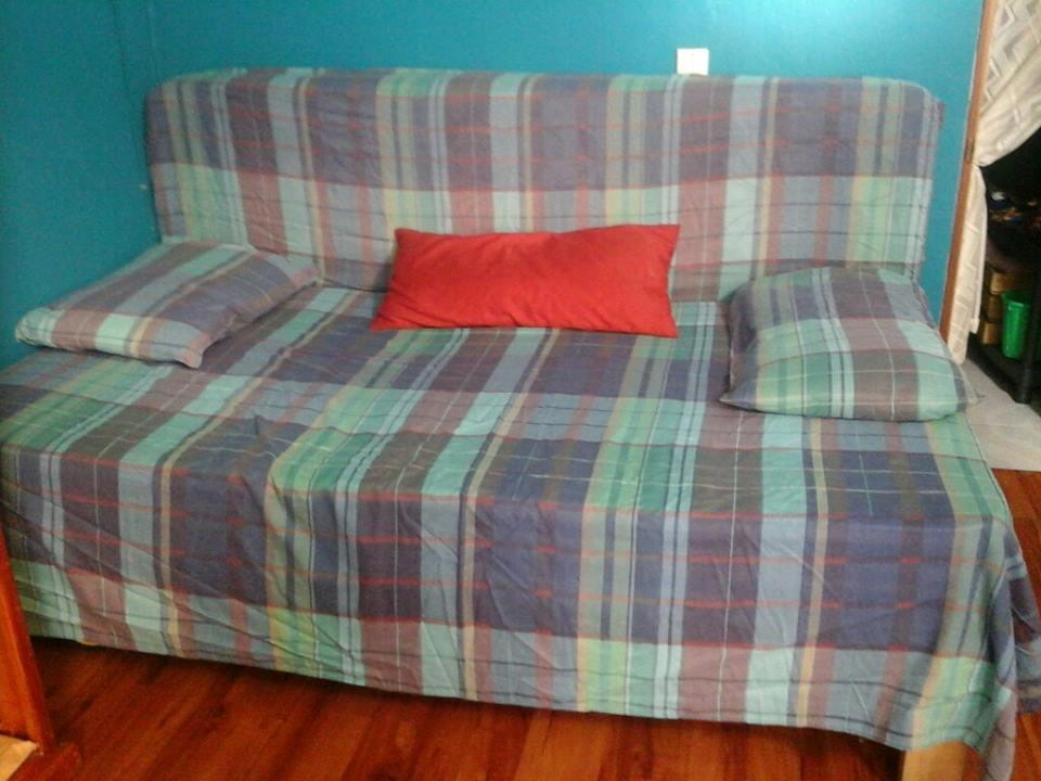 usar una cama de 90 como sofa