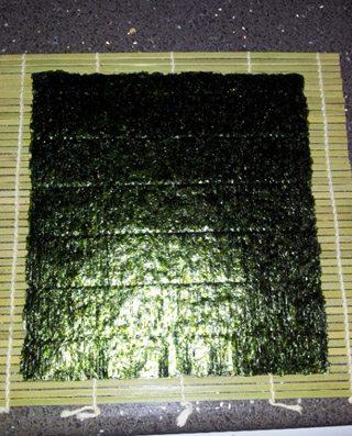preparacion-sushi-casero-alga